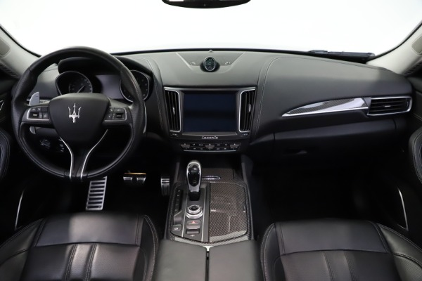 Used 2018 Maserati Levante SQ4 GranSport for sale $55,900 at Pagani of Greenwich in Greenwich CT 06830 16