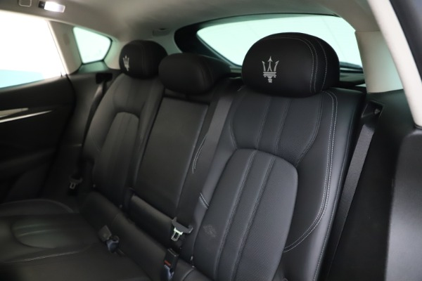 Used 2018 Maserati Levante SQ4 GranSport for sale $55,900 at Pagani of Greenwich in Greenwich CT 06830 18