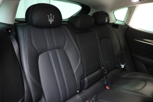 Used 2018 Maserati Levante SQ4 GranSport for sale $55,900 at Pagani of Greenwich in Greenwich CT 06830 26