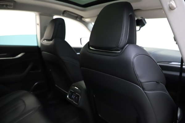 Used 2018 Maserati Levante SQ4 GranSport for sale $55,900 at Pagani of Greenwich in Greenwich CT 06830 28