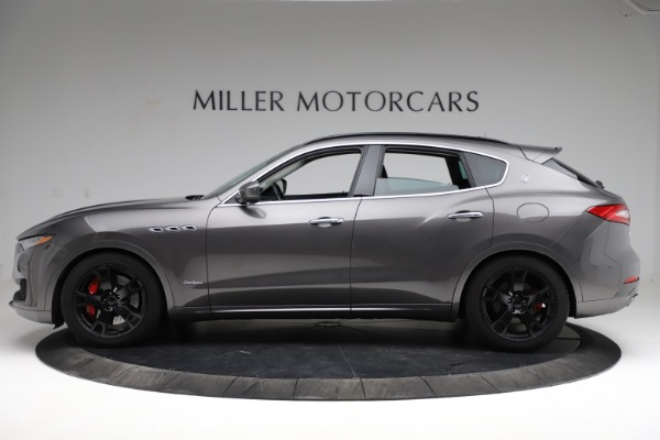 Used 2018 Maserati Levante SQ4 GranSport for sale $55,900 at Pagani of Greenwich in Greenwich CT 06830 3
