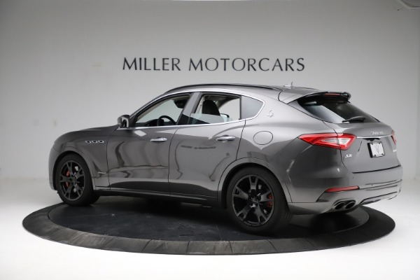 Used 2018 Maserati Levante SQ4 GranSport for sale $55,900 at Pagani of Greenwich in Greenwich CT 06830 4