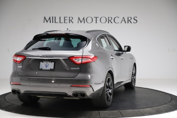 Used 2018 Maserati Levante SQ4 GranSport for sale $55,900 at Pagani of Greenwich in Greenwich CT 06830 7
