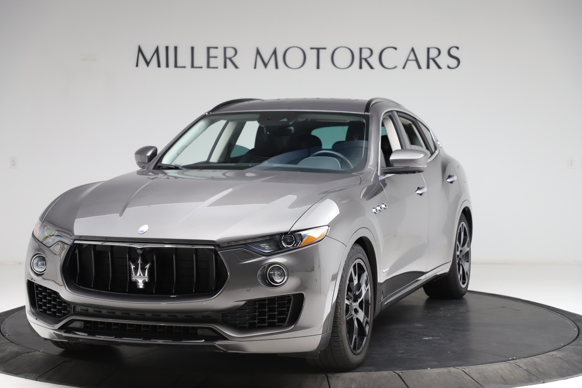 Used 2018 Maserati Levante SQ4 GranSport for sale $55,900 at Pagani of Greenwich in Greenwich CT 06830 1