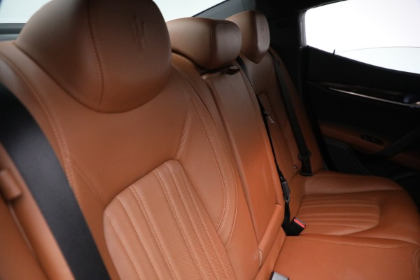 Used 2018 Maserati Ghibli S Q4 GranLusso for sale $56,900 at Pagani of Greenwich in Greenwich CT 06830 25