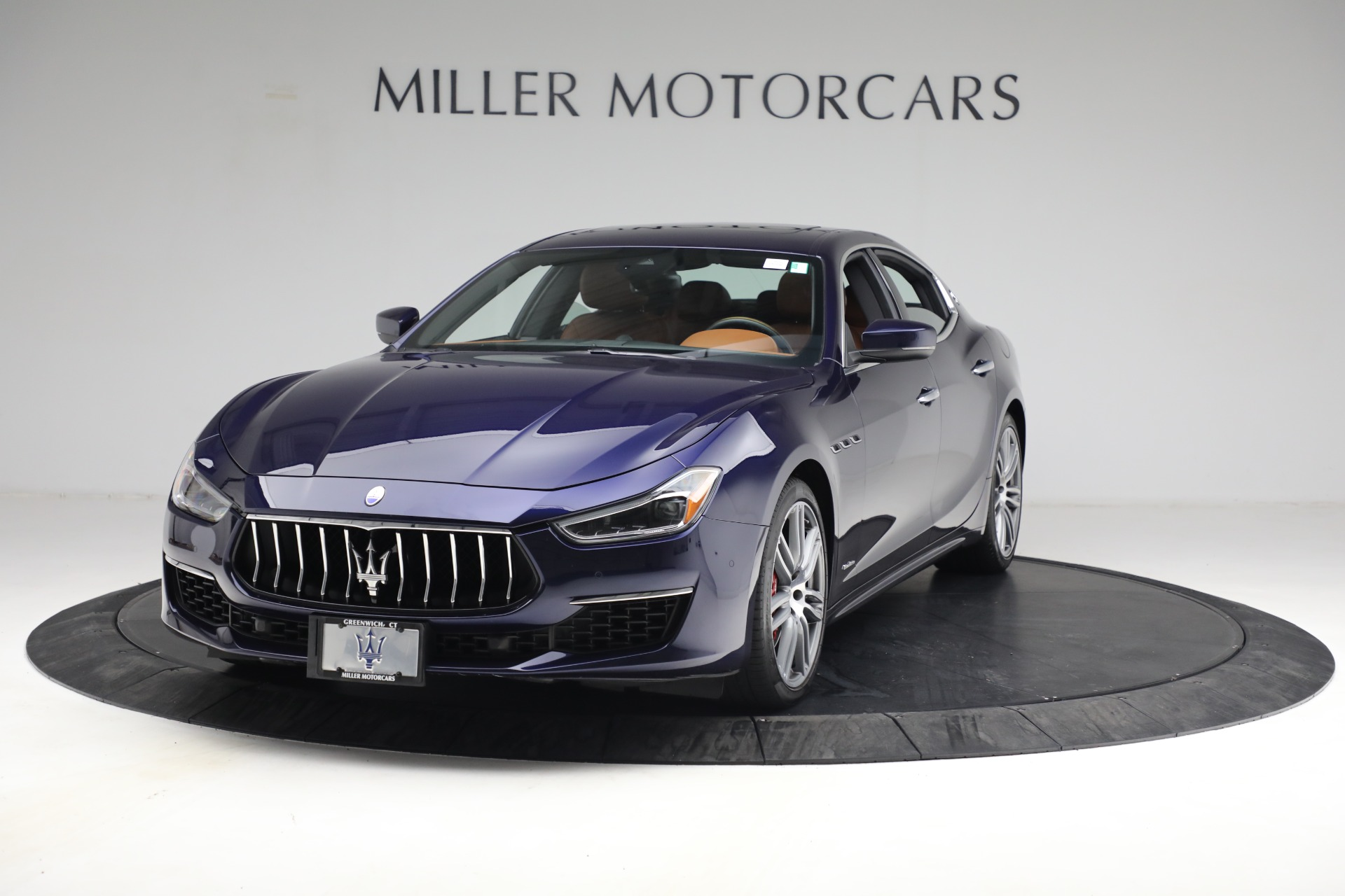 Used 2018 Maserati Ghibli S Q4 GranLusso for sale $56,900 at Pagani of Greenwich in Greenwich CT 06830 1