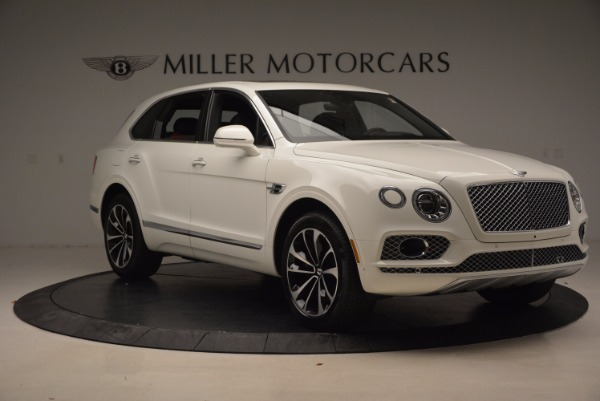 Used 2018 Bentley Bentayga Onyx for sale Call for price at Pagani of Greenwich in Greenwich CT 06830 11