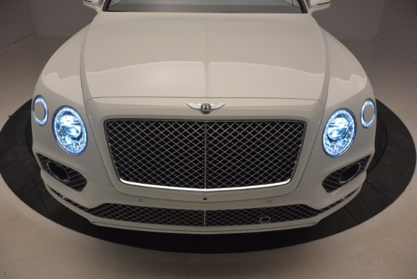 Used 2018 Bentley Bentayga Onyx for sale Call for price at Pagani of Greenwich in Greenwich CT 06830 14