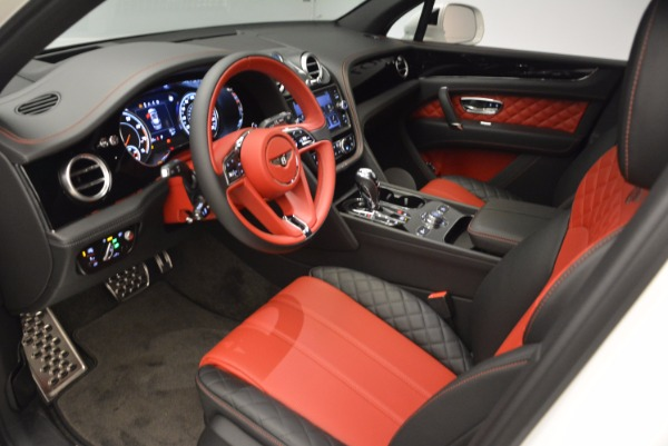 Used 2018 Bentley Bentayga Onyx for sale Call for price at Pagani of Greenwich in Greenwich CT 06830 18