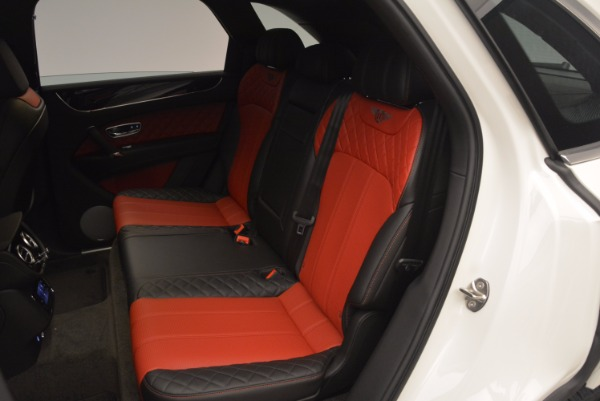 Used 2018 Bentley Bentayga Onyx for sale Call for price at Pagani of Greenwich in Greenwich CT 06830 23