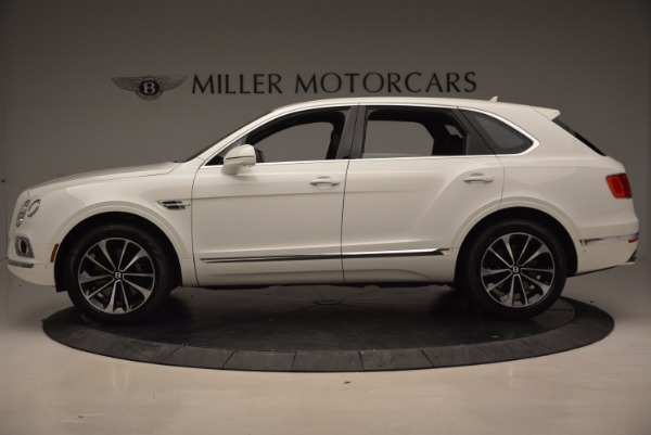 Used 2018 Bentley Bentayga Onyx for sale Call for price at Pagani of Greenwich in Greenwich CT 06830 3