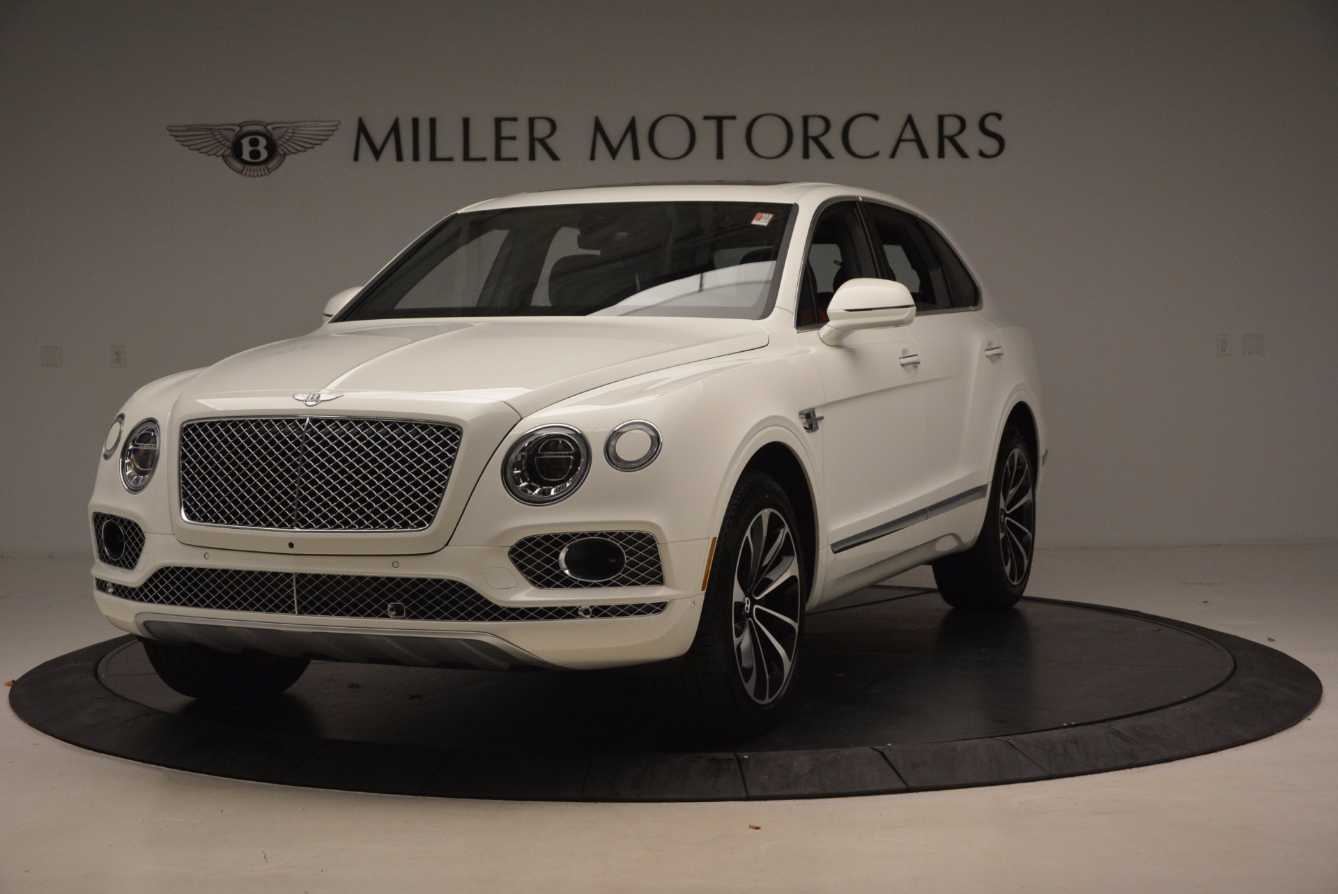 Used 2018 Bentley Bentayga Onyx for sale Call for price at Pagani of Greenwich in Greenwich CT 06830 1