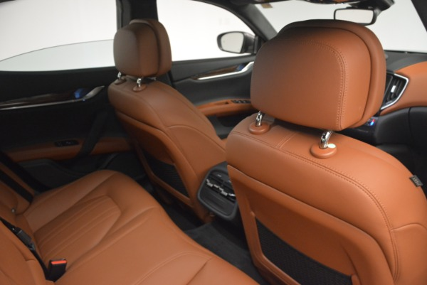 Used 2018 Maserati Ghibli S Q4 for sale Sold at Pagani of Greenwich in Greenwich CT 06830 17