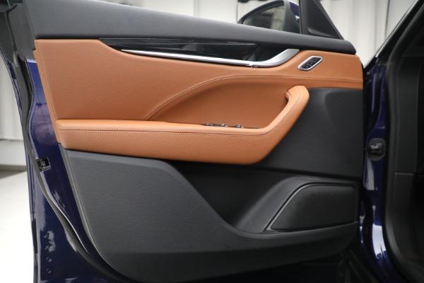 Used 2018 Maserati Levante Q4 for sale $57,900 at Pagani of Greenwich in Greenwich CT 06830 16