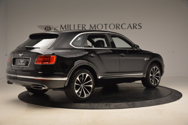 Used 2018 Bentley Bentayga Onyx for sale $145,900 at Pagani of Greenwich in Greenwich CT 06830 10