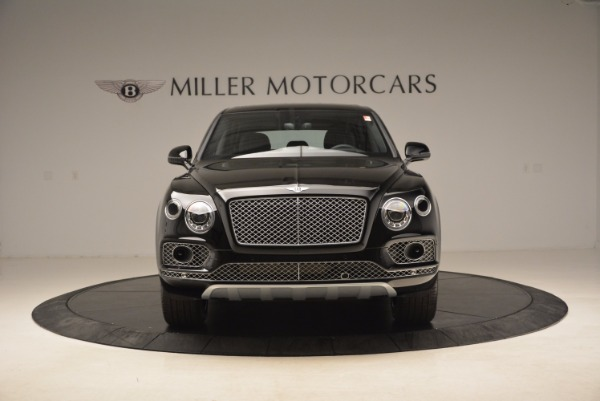 Used 2018 Bentley Bentayga Onyx Edition for sale $139,900 at Pagani of Greenwich in Greenwich CT 06830 14