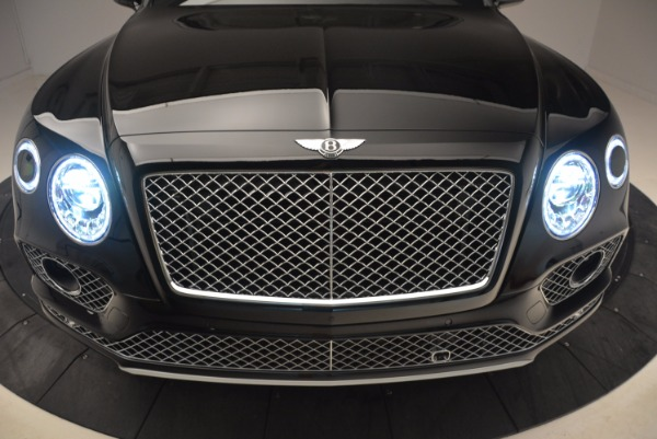 Used 2018 Bentley Bentayga Onyx for sale $145,900 at Pagani of Greenwich in Greenwich CT 06830 15