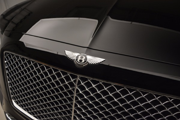 Used 2018 Bentley Bentayga Onyx Edition for sale $139,900 at Pagani of Greenwich in Greenwich CT 06830 16