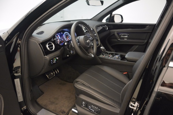 Used 2018 Bentley Bentayga Onyx Edition for sale $139,900 at Pagani of Greenwich in Greenwich CT 06830 18
