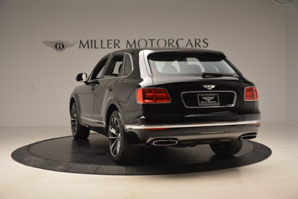 Used 2018 Bentley Bentayga Onyx for sale $145,900 at Pagani of Greenwich in Greenwich CT 06830 6