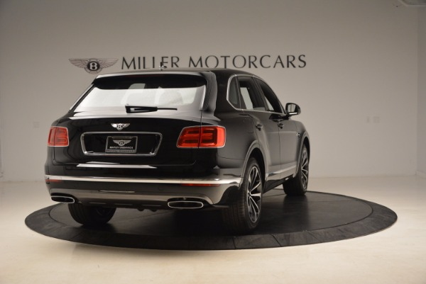Used 2018 Bentley Bentayga Onyx Edition for sale $139,900 at Pagani of Greenwich in Greenwich CT 06830 8