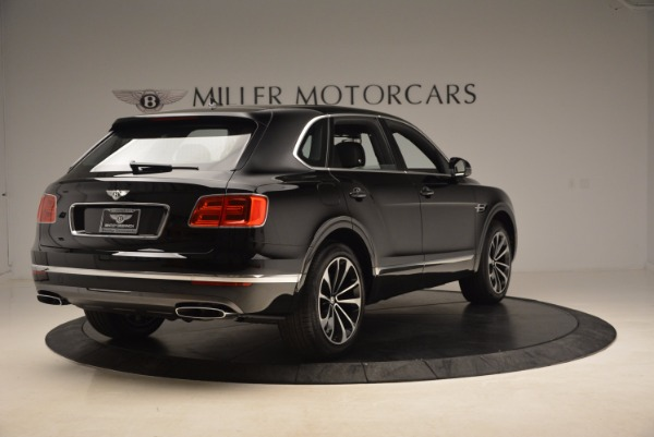 Used 2018 Bentley Bentayga Onyx for sale $145,900 at Pagani of Greenwich in Greenwich CT 06830 9