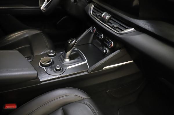 Used 2018 Alfa Romeo Stelvio Q4 for sale Sold at Pagani of Greenwich in Greenwich CT 06830 28