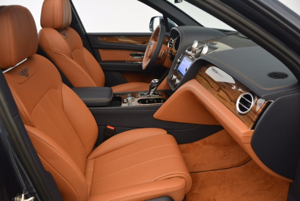 Used 2018 Bentley Bentayga Onyx for sale Sold at Pagani of Greenwich in Greenwich CT 06830 28