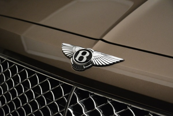 New 2018 Bentley Bentayga Signature for sale Sold at Pagani of Greenwich in Greenwich CT 06830 14