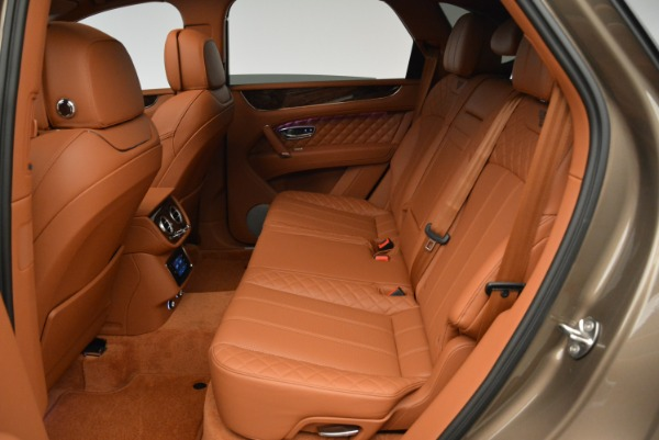 Used 2018 Bentley Bentayga W12 Signature for sale $159,900 at Pagani of Greenwich in Greenwich CT 06830 24