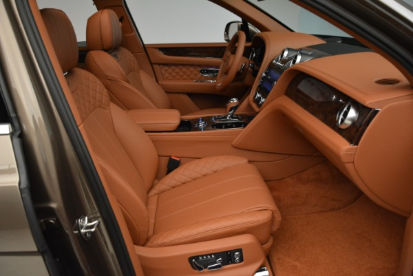 New 2018 Bentley Bentayga Signature for sale Sold at Pagani of Greenwich in Greenwich CT 06830 28