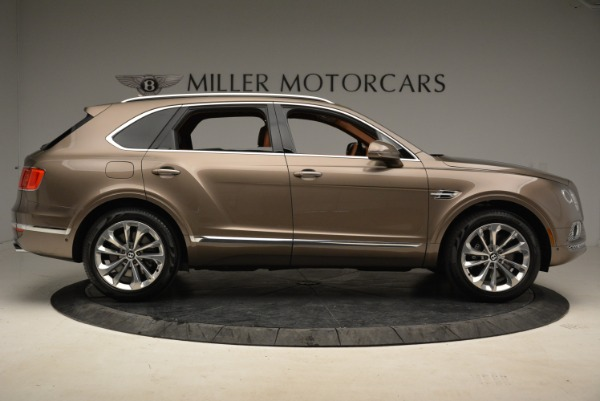 Used 2018 Bentley Bentayga W12 Signature for sale $159,900 at Pagani of Greenwich in Greenwich CT 06830 9