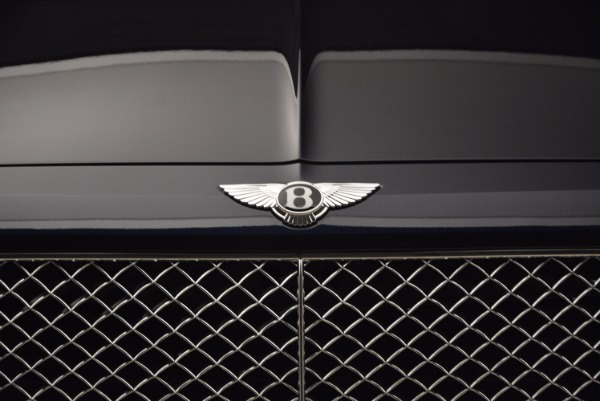 Used 2018 Bentley Bentayga W12 Signature for sale Call for price at Pagani of Greenwich in Greenwich CT 06830 14