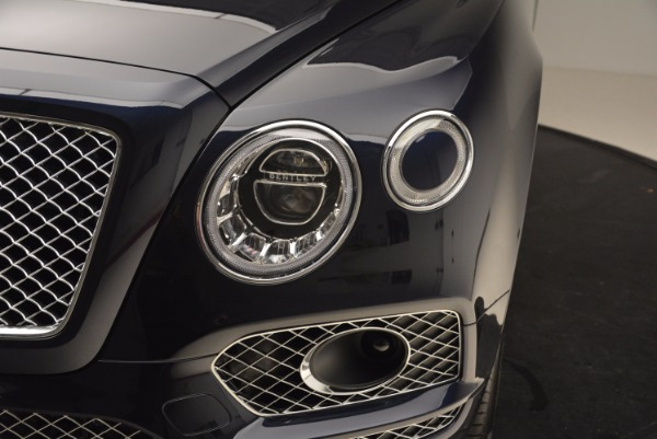 Used 2018 Bentley Bentayga W12 Signature for sale Call for price at Pagani of Greenwich in Greenwich CT 06830 15