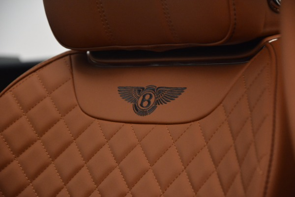 Used 2018 Bentley Bentayga W12 Signature for sale Call for price at Pagani of Greenwich in Greenwich CT 06830 25