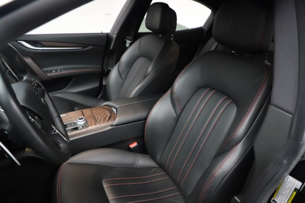Used 2018 Maserati Ghibli S Q4 for sale Sold at Pagani of Greenwich in Greenwich CT 06830 16