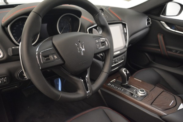 Used 2018 Maserati Ghibli S Q4 for sale $55,900 at Pagani of Greenwich in Greenwich CT 06830 15