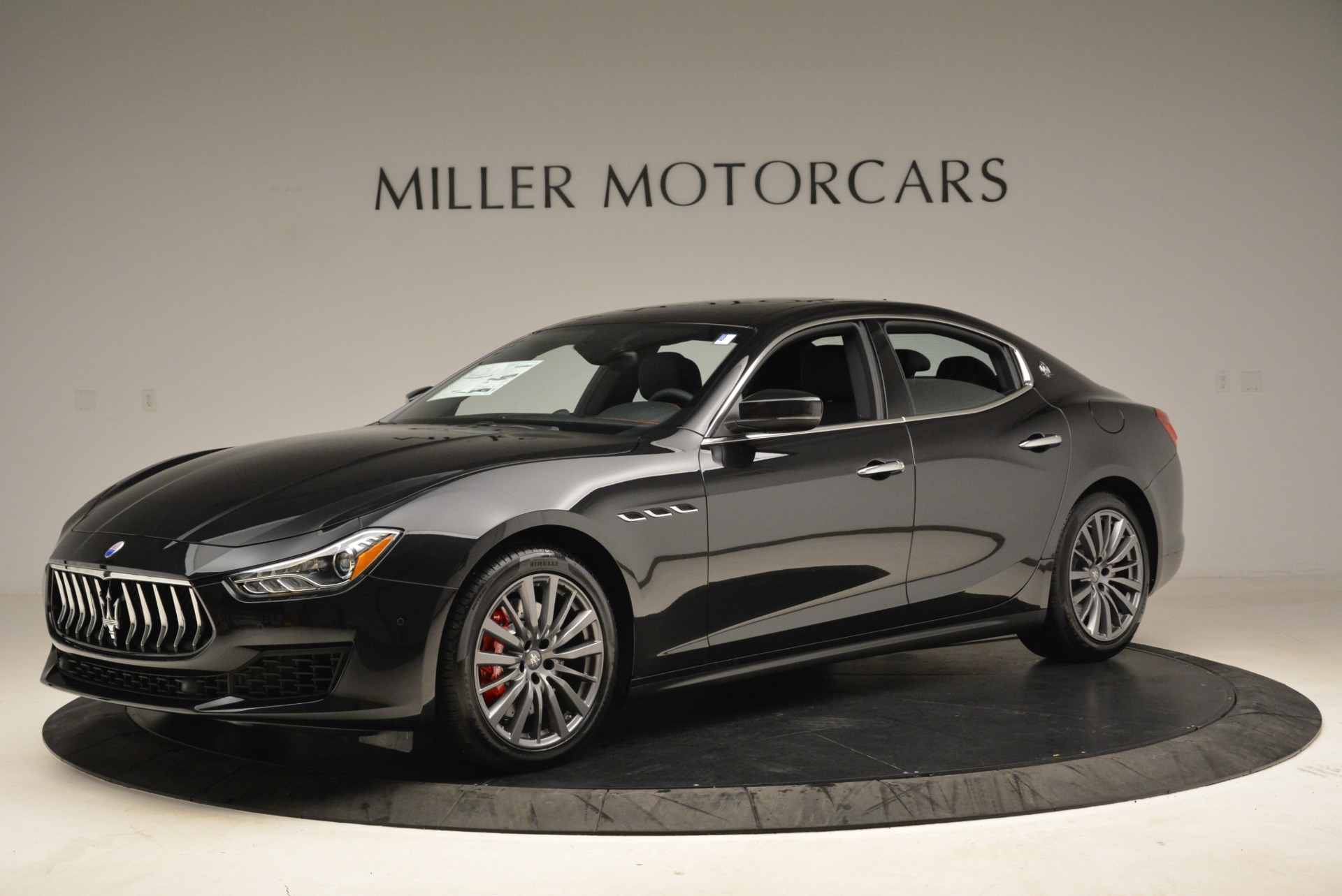 Used 2018 Maserati Ghibli S Q4 for sale $55,900 at Pagani of Greenwich in Greenwich CT 06830 1