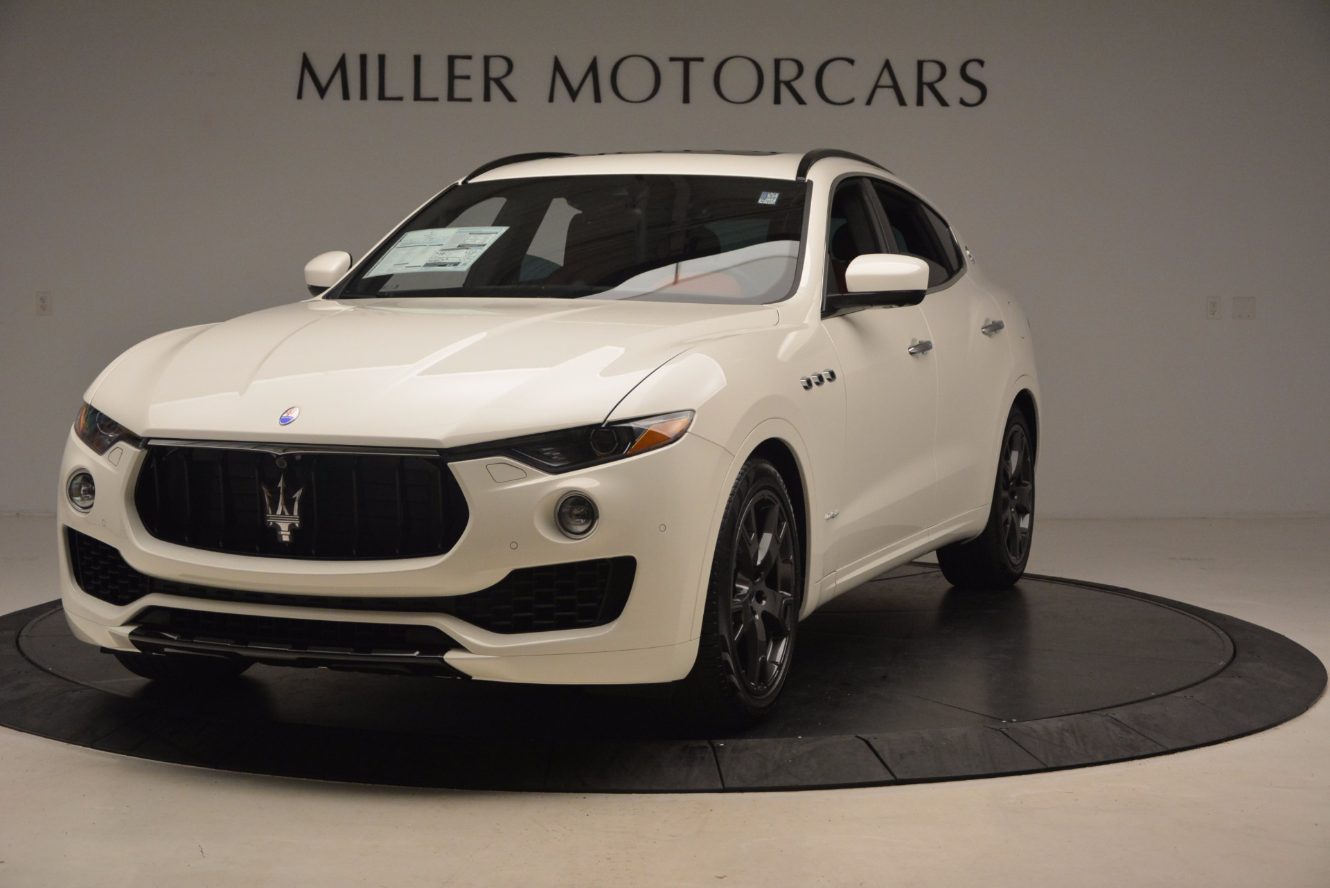 New 2018 Maserati Levante Q4 GranLusso for sale Sold at Pagani of Greenwich in Greenwich CT 06830 1