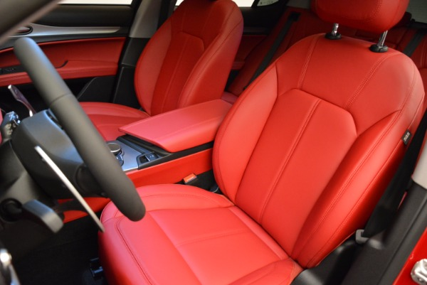 New 2018 Alfa Romeo Stelvio Sport Q4 for sale Sold at Pagani of Greenwich in Greenwich CT 06830 15