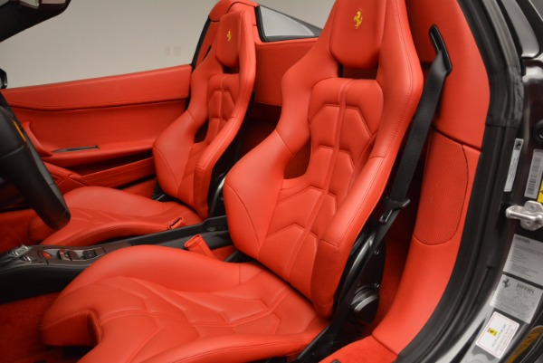 Used 2014 Ferrari 458 Spider for sale Sold at Pagani of Greenwich in Greenwich CT 06830 27