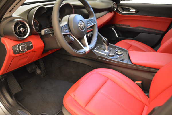 New 2018 Alfa Romeo Giulia Q4 for sale Sold at Pagani of Greenwich in Greenwich CT 06830 13