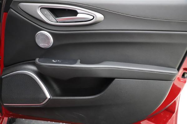 Used 2018 Alfa Romeo Giulia Ti Sport Q4 for sale $31,900 at Pagani of Greenwich in Greenwich CT 06830 25