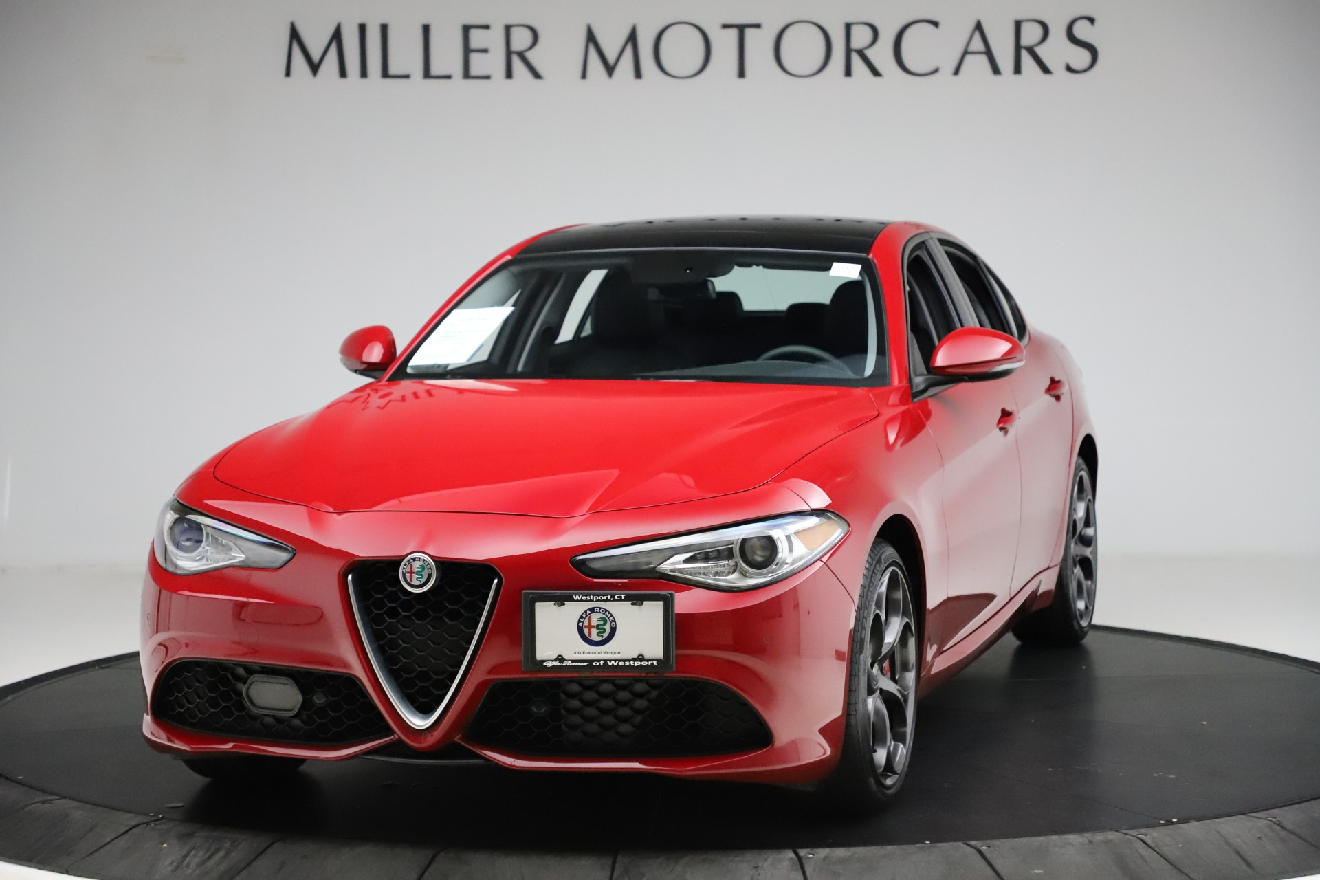 Used 2018 Alfa Romeo Giulia Ti Sport Q4 for sale $31,900 at Pagani of Greenwich in Greenwich CT 06830 1