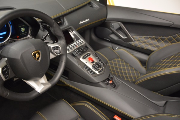 Used 2015 Lamborghini Aventador LP 700-4 Roadster for sale Sold at Pagani of Greenwich in Greenwich CT 06830 19