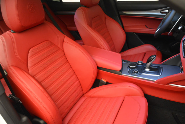 New 2018 Alfa Romeo Stelvio Ti Sport Q4 for sale Sold at Pagani of Greenwich in Greenwich CT 06830 18