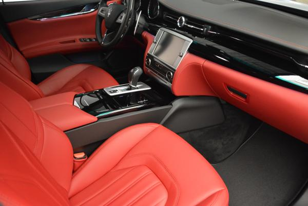 New 2016 Maserati Quattroporte S Q4  *******      DEALER'S  DEMO for sale Sold at Pagani of Greenwich in Greenwich CT 06830 22