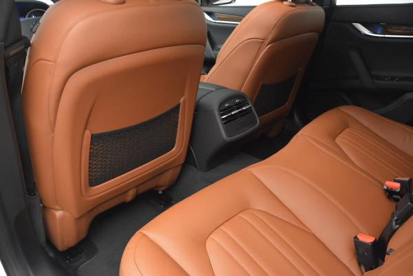 Used 2016 Maserati Ghibli S Q4 for sale Sold at Pagani of Greenwich in Greenwich CT 06830 17