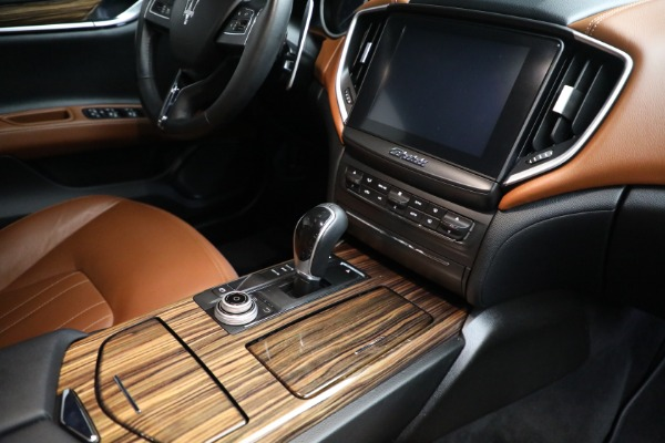 Used 2018 Maserati Ghibli S Q4 for sale Sold at Pagani of Greenwich in Greenwich CT 06830 25