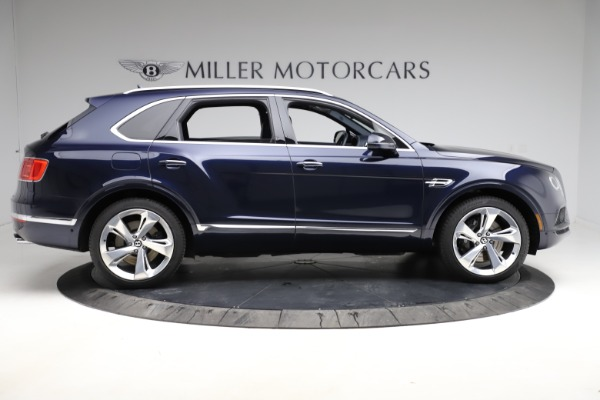 Used 2018 Bentley Bentayga W12 Signature for sale $154,900 at Pagani of Greenwich in Greenwich CT 06830 10
